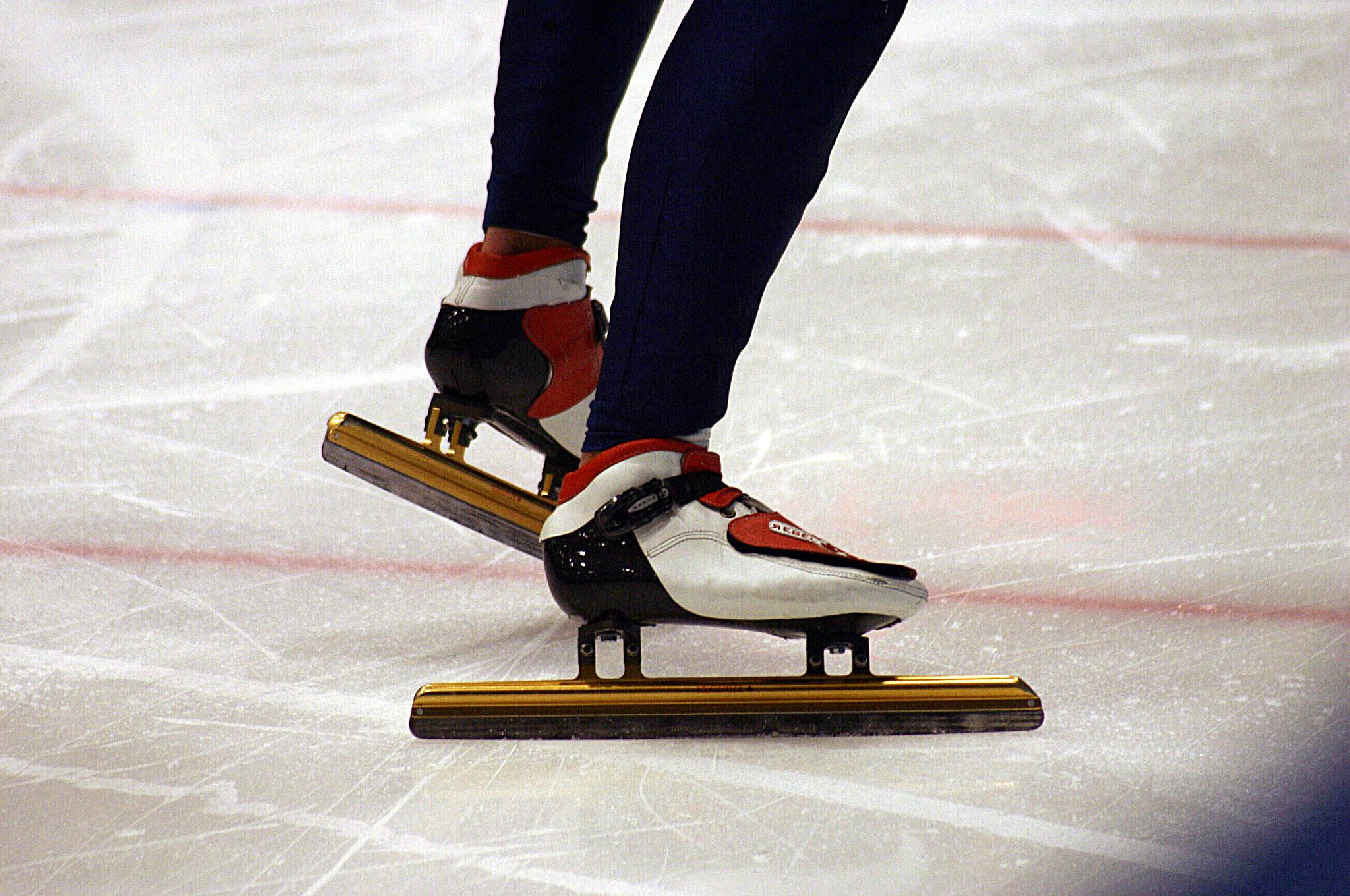 Lubricor contribue au patineur de vitesse Charles Hamelin